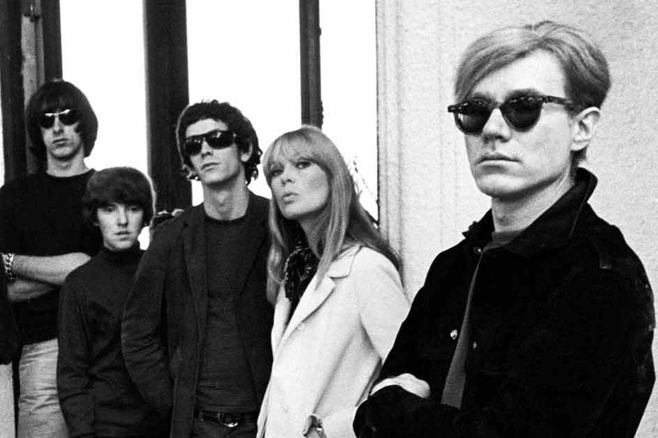 Affiche de l'exposition sur la factory et Andy Warhol au Centre Pompidou Metz